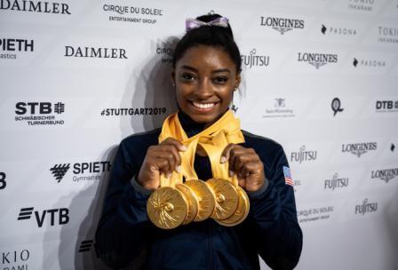 Record-de-Biles-al-conseguir-su-medalla-25