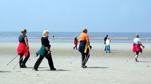 Si camina lento puede envejecer más rápido, alerta un estudio