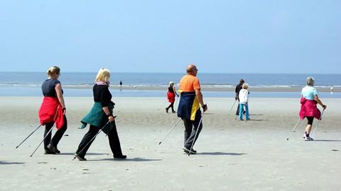 Si-camina-lento-puede-envejecer-mas-rapido,-alerta-un-estudio