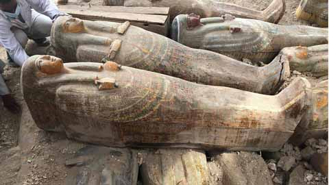 Encuentran-20-sarcofagos-antiguos-de-madera-bien-conservados