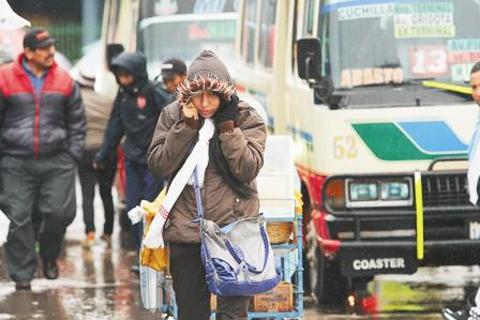 Prepara-tu-abrigo:-Ingresa-frente-frio-con-lluvia-a-Santa-Cruz