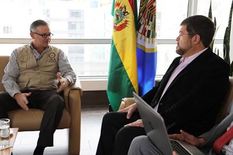 Doria-Medina-explica-a-la-OEA-los-dos-tipos-de-fraude-en-el-area-rural