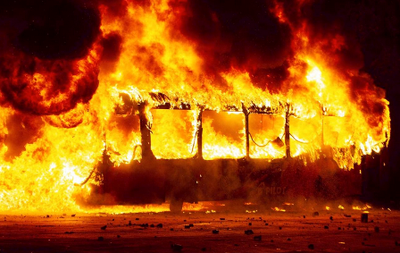 Chile:-Estado-de-emergencia-tras-una-vandalica-jornada-de-protestas