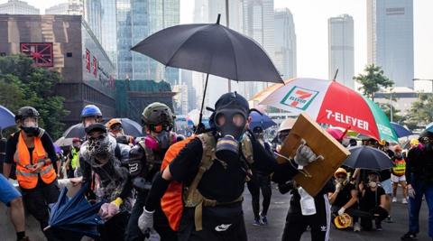 Hong-Kong-implementa-ley-contra-el-uso-de-mascaras-en-protestas-violentas