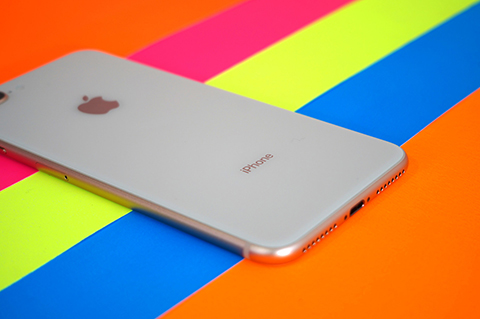 Apple-prepara-un-iPhone-pequeno-y-barato-para-principios-de-2020