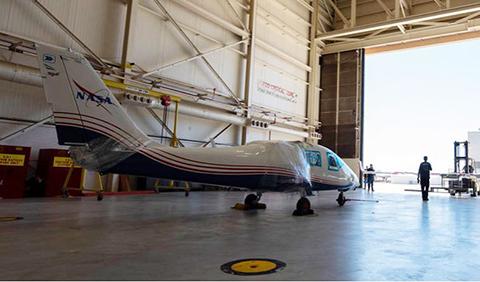 La-NASA-recibe-su-primer-avion-experimental-totalmente-electrico