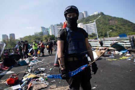 Furia-en-Hong-Kong,-exigen-mas-libertad-politica