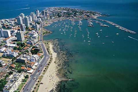 Uruguay,--oasis-de-estabilidad-y-tranquilidad-