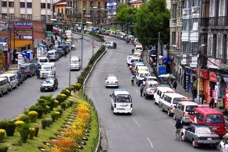 Limitan-venta-del-combustible-en-La-Paz