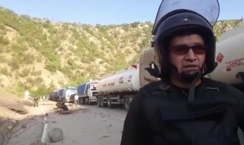 Policia-desbloquea-pacificamente-la-ruta-Sucre-Cochabamba