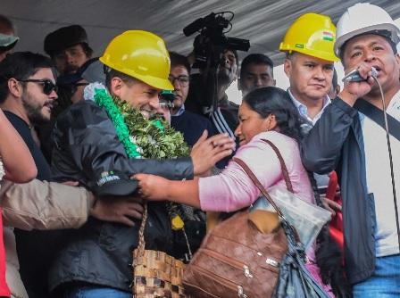 Lunes entregarán la carta de renuncia de Evo Morales
