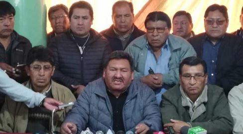 Choferes-de-El-Alto-exigen-renuncia-del-TSE-y-nuevas-elecciones