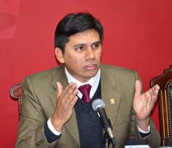 Exconsul-Valda-fue-arrestado-por-uso-ilegal-de-pasaporte-diplomatico