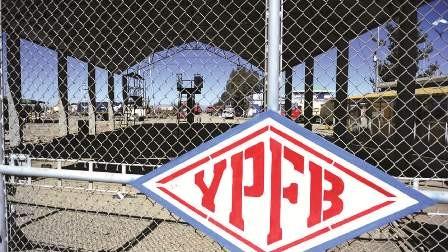 Detienen-a-funcionario-de-YPFB-por-corrupcion