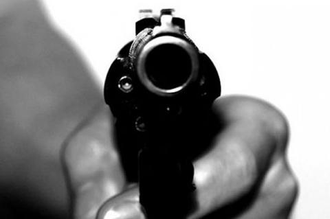 Hombre-mata-con-cinco-disparos-a-su-pareja