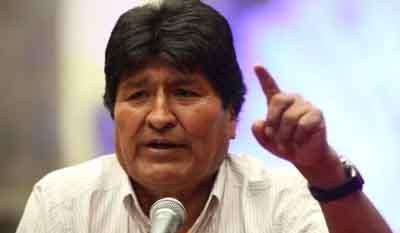 Morales:--Las-reuniones-en-la-Casa-del-Pueblo-ahora-son-por-celular-
