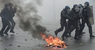 Primeros-enfrentamientos,-Paris-sin-transporte