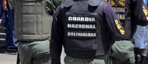 Cuatro-efectivos-de-la-guardia-venezolana-desertan-y-pasan-a-Colombia