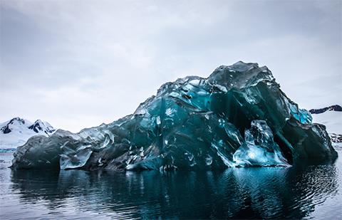 Resuelven-misterio-sobre-la-existencia-de--icebergs-verdes--en-la-Antartica