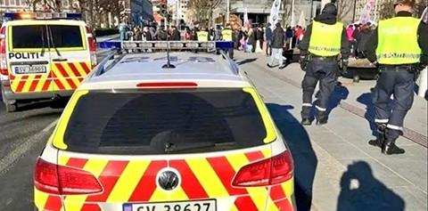 Un-atacante-apunala-a-4-personas-en-una-escuela-de-Oslo-