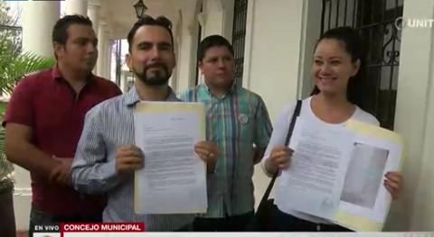 Miembros-de-Plataforma-denuncian-que-la-artista-Camila-Soruco-tenia-un-item-municipal-hasta-el-2018