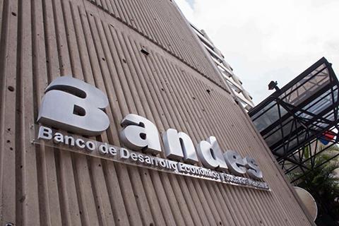 EE.UU-sanciona-a-bancos-venezolanos-y-a-filiales-en-Uruguay-y-Bolivia