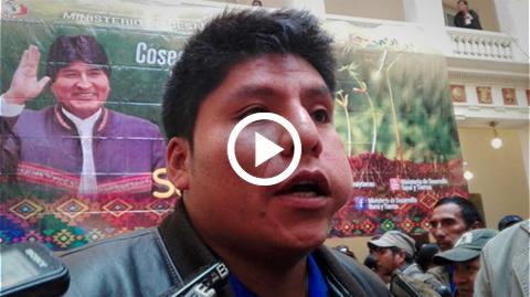 Video-muestra-cuando-Loza-ofrece-mujeres-a-ministro-para-que-permanezca-en-Chimore