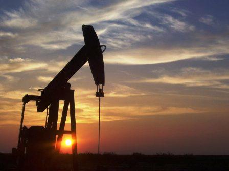 Petroleo-baja-hasta-56,22-dolares-el-barril-