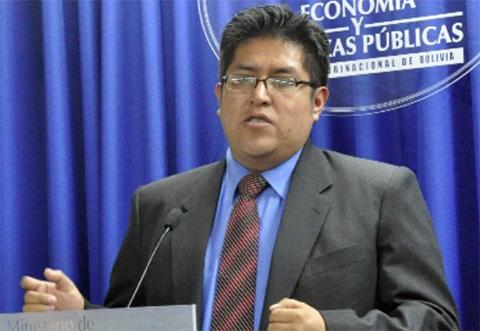 Viceministro-Duran:-Son-suficientes-Bs-900-al-mes-para-la-canasta-familiar-de-4-personas