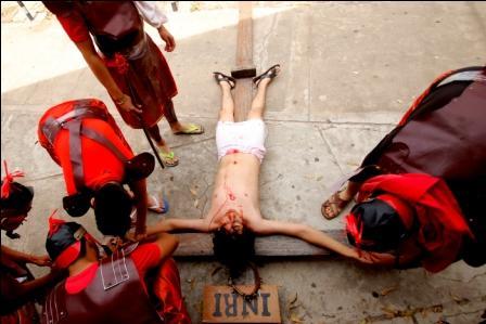 Reviven-la-Pasion-de-Cristo,-un-elenco-joven-lleva-su-actuacion-a-un-plano-profesional