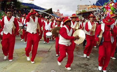 La-Banda-Poopo-representara-a-Bolivia-en-Tokio