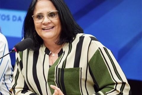 Ministra-de-Brasil:--En-el-matrimonio,-la-mujer-debe-ser-sumisa-al-hombre-