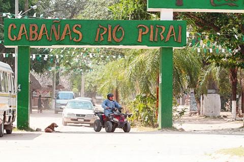 Culturas-y-Unesco-protegen-las-cabanas-del-rio-Pirai-con-el-Emblema-Azul
