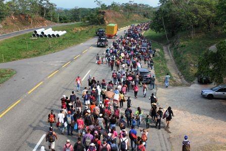 Soldados-armados-envia-EEUU-a-frontera-con-Mexico