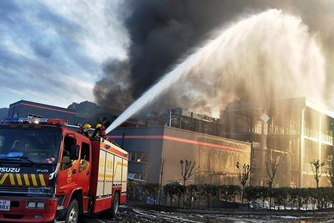 Cuatro-muertos-y-35-heridos-en-explosion-en-planta-quimica-al-norte-de-China