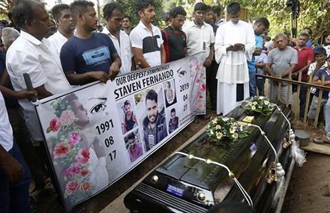 Presidente-de-Sri-Lanka-pide-dimision-de-jefe-de-la-Policia-y-de-secretario-de-Defensa