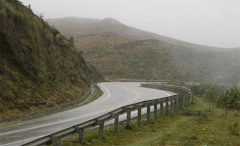 Triple-colision-en-la-via-Cochabamba-Santa-Cruz-deja-cinco-fallecidos