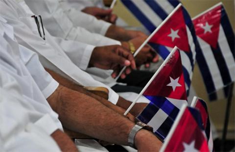 Medicos-cubanos-en-Bolivia-desarrollan-su-XI-Jornada-Cientifica