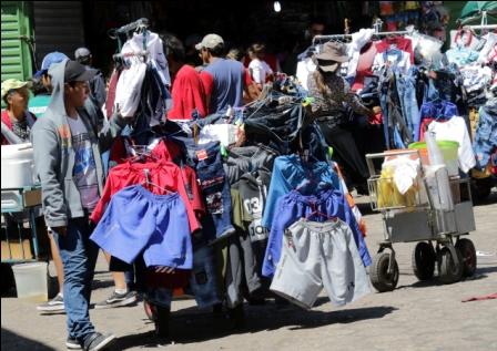 Ambulantes-persiste-la-resistencia-en-mercados