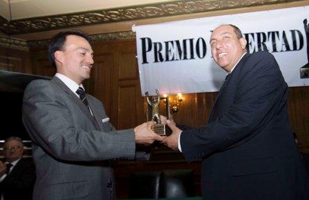 -Premio-Libertad--de-la-ANP-para-diario-La-Patria--