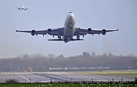 EEUU-suspende-vuelos-desde-y-hacia-Venezuela-por-seguridad
