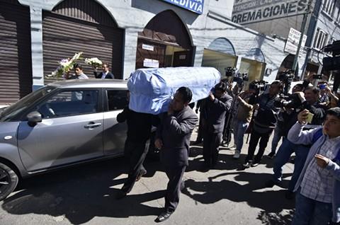 Trasladan-los-restos-del-arbitro-Victor-Hugo-Hurtado-a-Cochabamba
