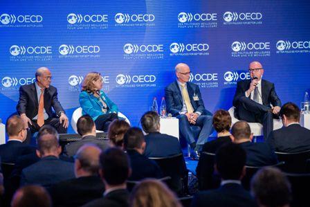 Rebajan-las-expectativas-de-crecimiento-de-la-economia-mundial