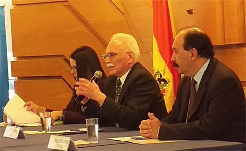 BCB:--Guerra-comercial--entre-EEUU-y-China-impactara-en-Bolivia