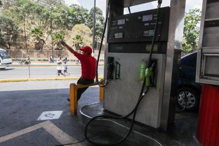 Severa-escasez-de-gasolina-en-Venezuela