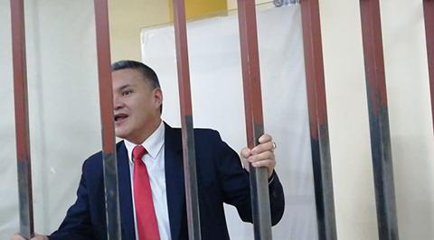 Arrestan-a-Leon-y-a-su-abogada-por-exigir-devolucion-de-pruebas-del-caso-Zapata