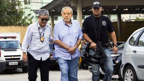 Senador-de-EE.UU.-pide-a-justicia-brasilena-libertad-de-Lula