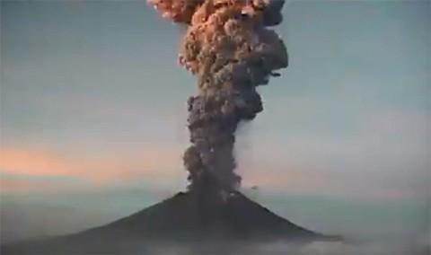 Volcan-Popocatepetl-registra-nueva-explosion