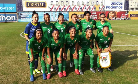 Bolivia golea a Perú en amistoso de selecciones femeninas