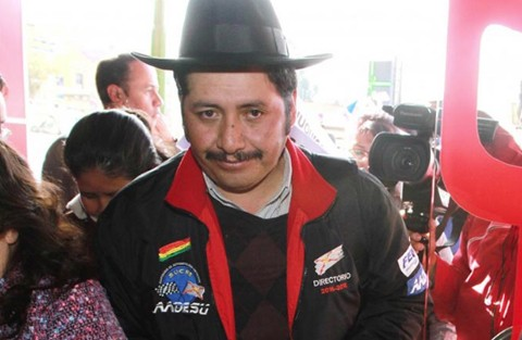 Asambleista-del-MAS-afirma-que-manoseo-de-Urquizu-a-mujer-fue-mutuo